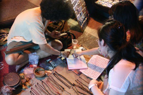 Jakie pamiątki z Tajlandii - rękodzieło