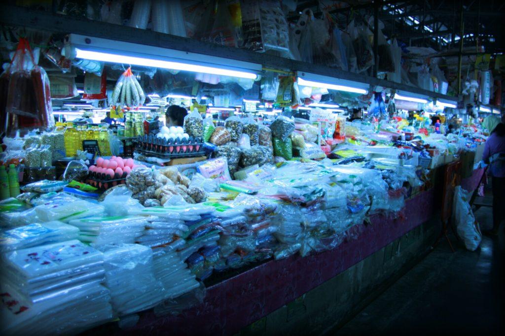 Tak wygląda kurs gotowania w Tajlandii - na markecie