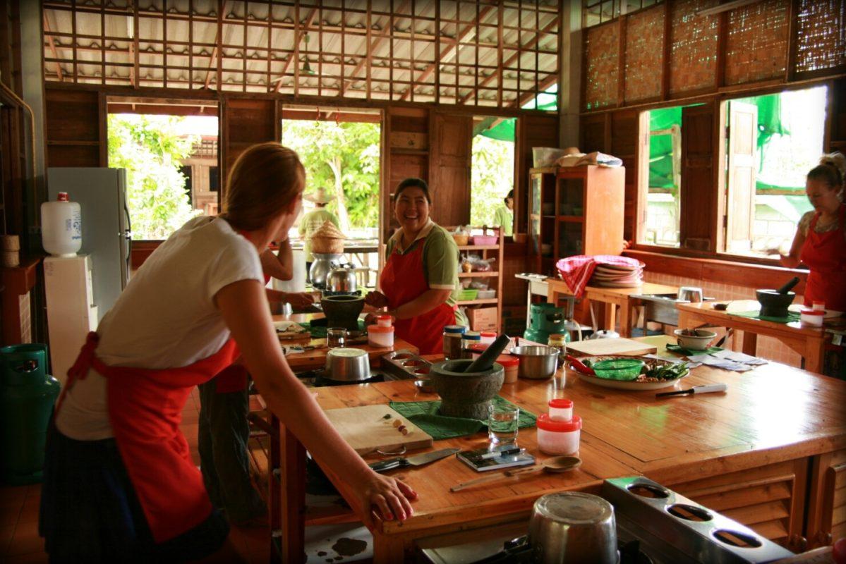 Jak Wygląda Kurs Gotowania W Tajlandii Jee Yoga