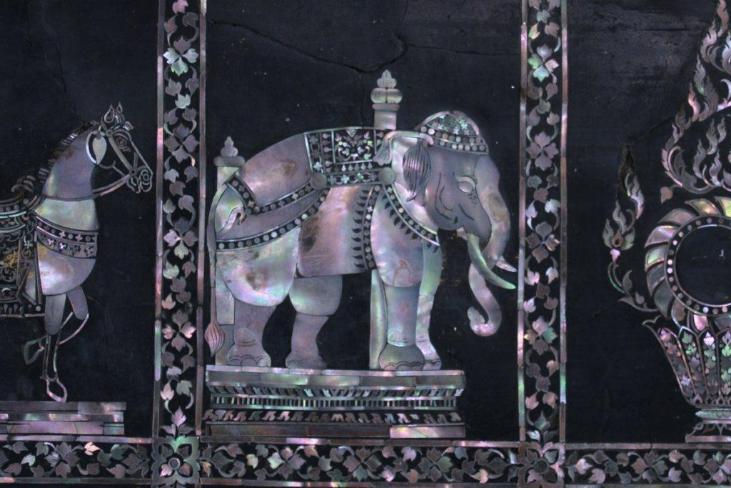 Jakie pamiątki z Tajlandii - słoń symbol Tajlandii
